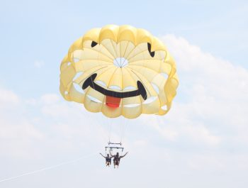Parasailing in Duck