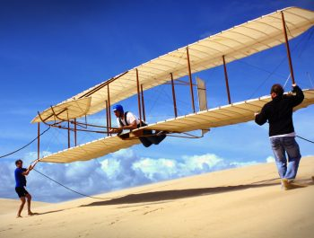 1902 Wright Glider flight on the sand dunes