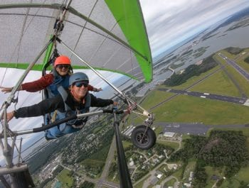 Tandem hang gliding lesson in Beaufort, NC.